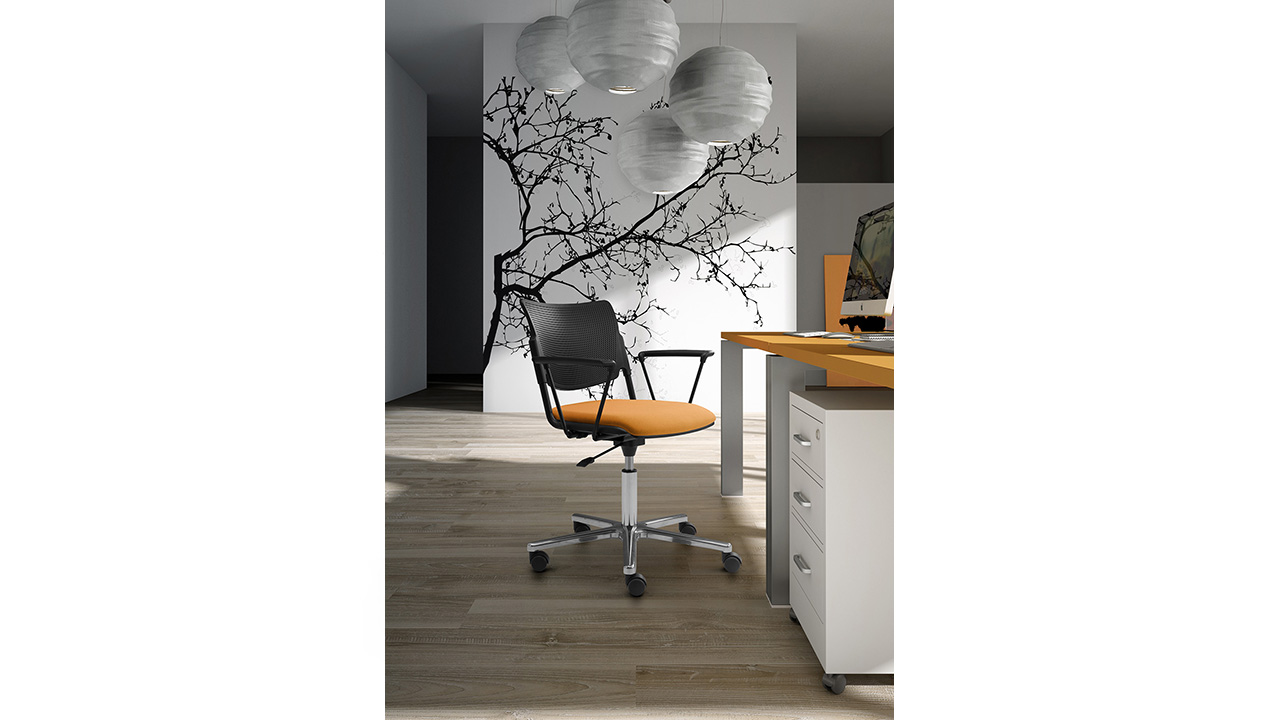 Swivel armchairs with metal seat and back for industry and laboratory workstations LaMia
